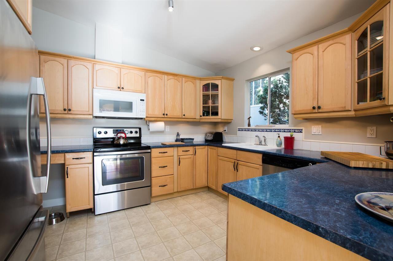 """Photo 8: Photos: 1305 DUNCAN Drive in Delta: Beach Grove House for sale in """"BEACH GROVE"""" (Tsawwassen)  : MLS®# R2565793"""