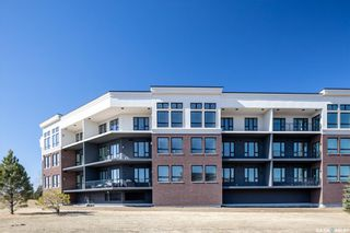 Photo 2: 110 408 Cartwright Street in Saskatoon: The Willows Residential for sale : MLS®# SK851989