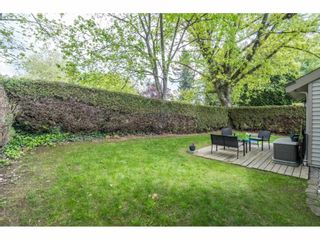 """Photo 22: 6036 W GREENSIDE Drive in Surrey: Cloverdale BC Townhouse for sale in """"Greenside Estates"""" (Cloverdale)  : MLS®# R2588441"""
