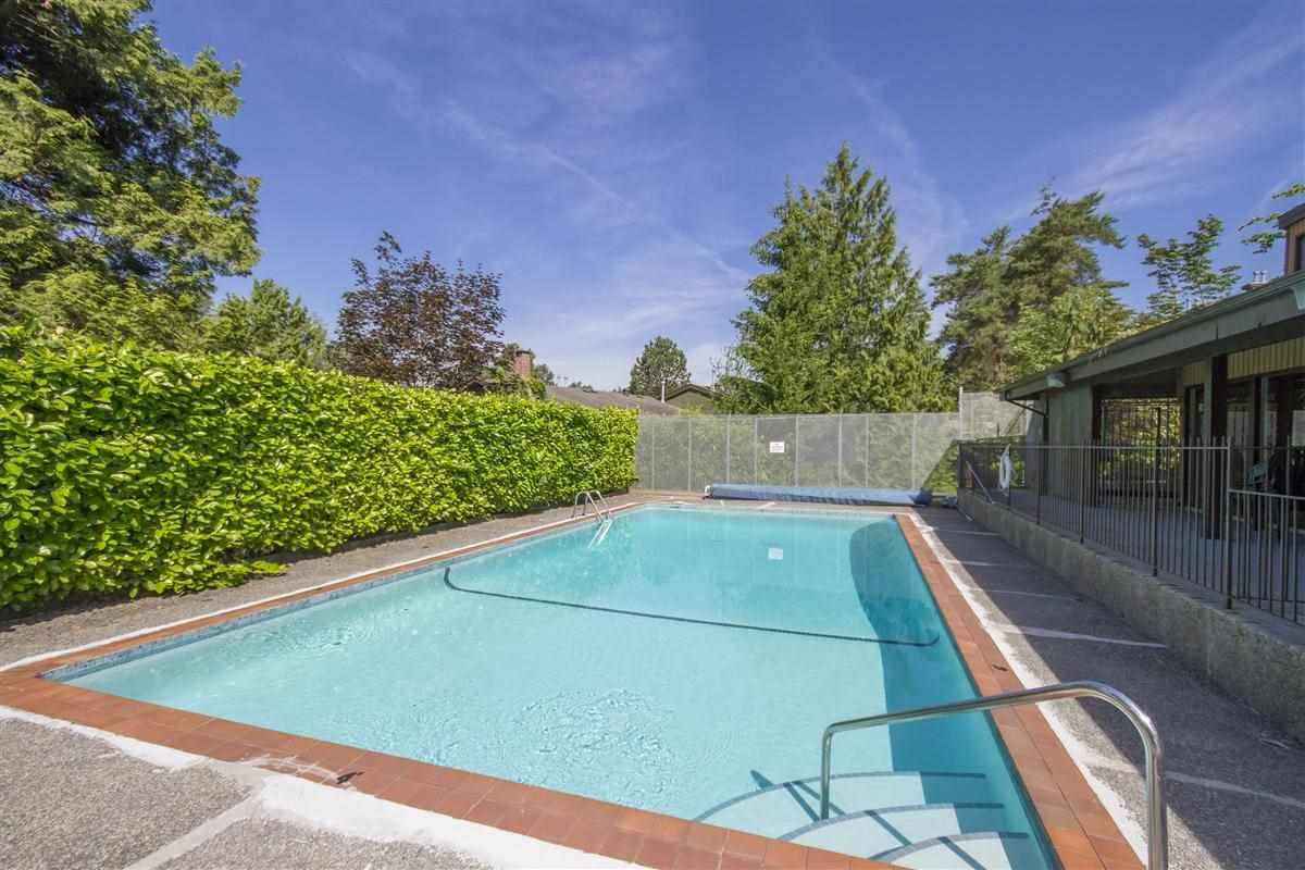 """Photo 19: Photos: 8918 CENTAURUS Circle in Burnaby: Simon Fraser Hills Townhouse for sale in """"Simon Fraser Hills"""" (Burnaby North)  : MLS®# R2347443"""