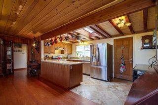 Photo 10: VISTA House for sale : 5 bedrooms : 1586 Sunrise Dr