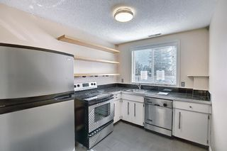 Photo 12: 2 304 Cedar Crescent SW in Calgary: Spruce Cliff Row/Townhouse for sale : MLS®# A1153924
