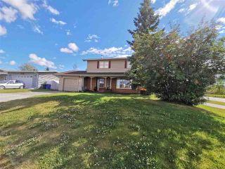 Photo 2: 9917 114 Avenue in Fort St. John: Fort St. John - City NE House for sale (Fort St. John (Zone 60))  : MLS®# R2501274