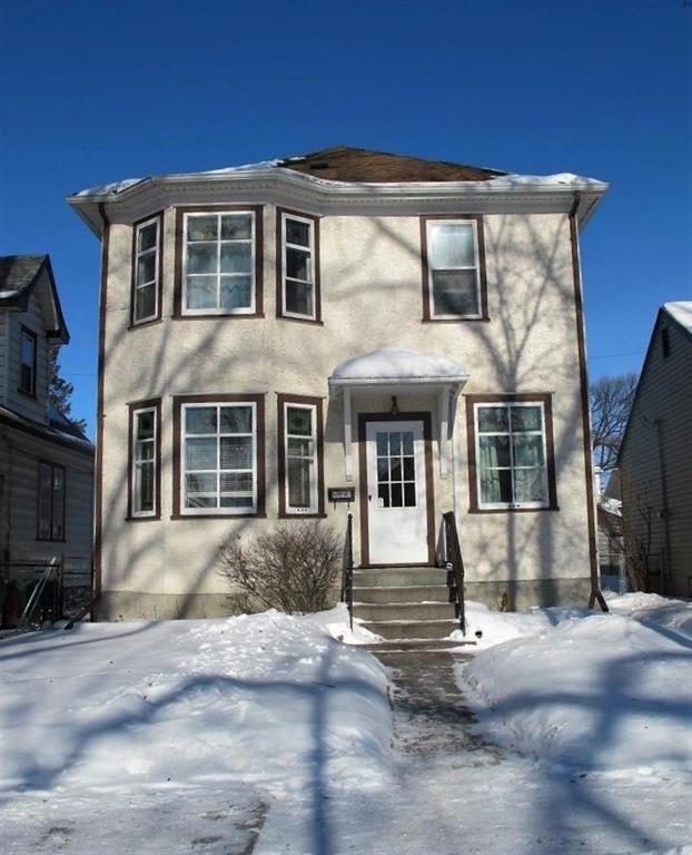Main Photo:  in Winnipeg: Glenelm Residential for sale (3C)  : MLS®# 202003520
