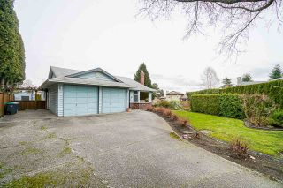 Photo 2: 1942 155 Street in Surrey: King George Corridor House for sale (South Surrey White Rock)  : MLS®# R2552291