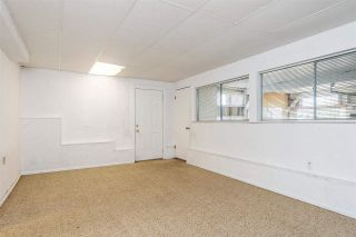 Photo 15: 15542 COLUMBIA Avenue: House for sale in White Rock: MLS®# R2536683