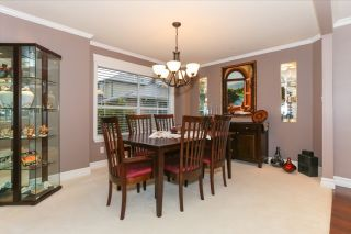 Photo 11: 4523 DAWN PLACE in Delta: Holly House  (Ladner)  : MLS®# R2032426