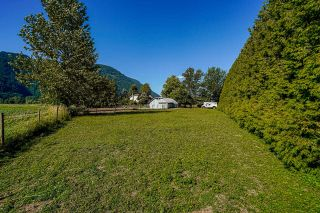 Photo 36: 39039 NORTH PARALLEL Road in Abbotsford: Sumas Prairie House for sale : MLS®# R2602841
