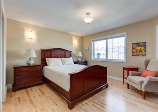 Photo 18: 2013 6 Avenue NW in Calgary: West Hillhurst Semi Detached for sale : MLS®# A1090473