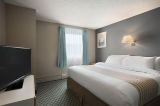 Photo 4: : Leduc Hotel/Motel for sale : MLS®# A1086128