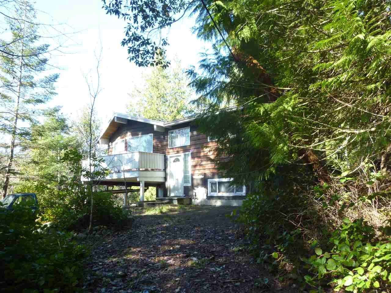 "Main Photo:  in Pender Harbour: Pender Harbour Egmont House for sale in ""PENDER HARBOUR"" (Sunshine Coast)  : MLS®# R2551962"