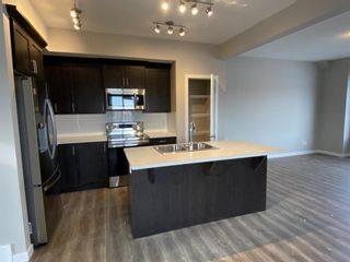 Photo 5: 1043 Lanark Boulevard: Airdrie Row/Townhouse for sale : MLS®# A1059555