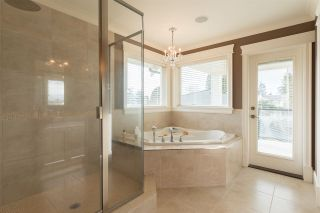 Photo 12: 1515 KERFOOT Road: White Rock House for sale (South Surrey White Rock)  : MLS®# R2133115