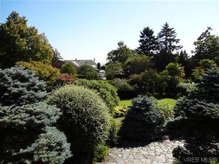 Photo 19: 3220 BEACH Drive in VICTORIA: OB Uplands Residential for sale (Oak Bay)  : MLS®# 313381
