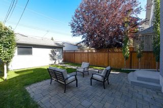 Photo 4: 2114 3rd Avenue NW in Calgary: West Hillhurst Detached for sale : MLS®# A1145089