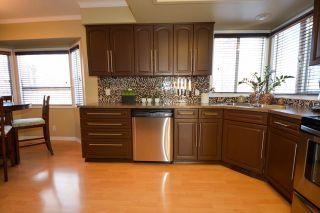Photo 5: 10704 113 Avenue in Fort St. John: Fort St. John - City NW House for sale (Fort St. John (Zone 60))  : MLS®# R2334215