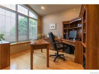 Photo 2: 130 Lindenshore Drive in Winnipeg: River Heights / Tuxedo / Linden Woods Residential for sale (South Winnipeg)  : MLS®# 1613842