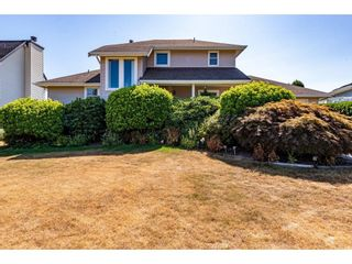 """Photo 4: 2280 MOUNTAIN Drive in Abbotsford: Abbotsford East House for sale in """"MOUNTAIN VILLAGE"""" : MLS®# R2611229"""