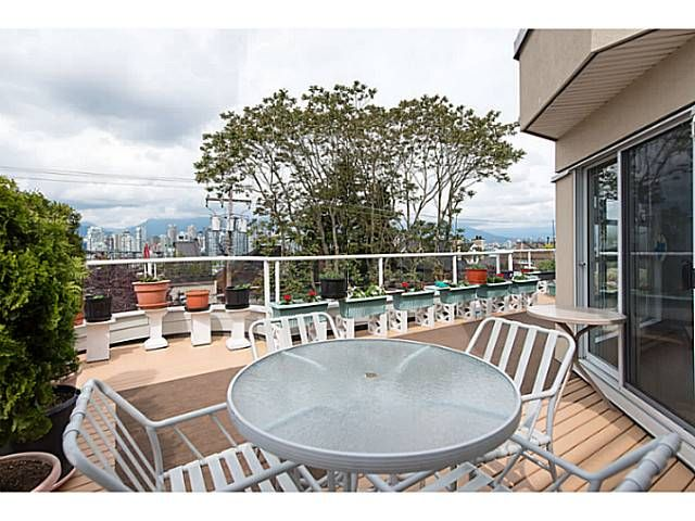 """Main Photo: 314 1236 W 8TH Avenue in Vancouver: Fairview VW Condo for sale in """"Galleria II"""" (Vancouver West)  : MLS®# V1066681"""