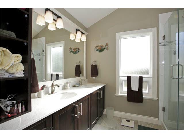 Photo 12: Photos: 14012 COLDICUTT Avenue: White Rock House for sale (South Surrey White Rock)  : MLS®# F1451146