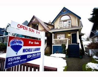 Photo 1: 141 W 13TH Avenue in Vancouver: Mount Pleasant VW Townhouse for sale (Vancouver West)  : MLS®# V747625