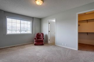 Photo 18: 33 SILVERGROVE Close NW in Calgary: Silver Springs Row/Townhouse for sale : MLS®# C4300784