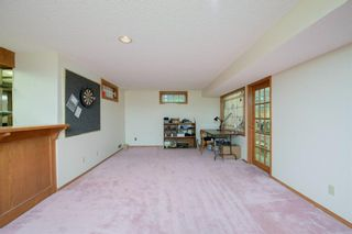 Photo 33: 88 Strathdale Close SW in Calgary: Strathcona Park Detached for sale : MLS®# A1116275