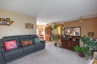 Photo 4: 1304 16th Avenue Southwest in Moose Jaw: Westmount/Elsom Residential for sale : MLS®# SK863170