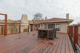 Photo 16: 2438 Dunlevy St in VICTORIA: OB Estevan House for sale (Oak Bay)  : MLS®# 780802