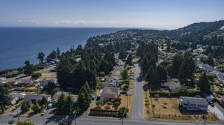 Photo 70: 5626 Oceanview Terr in Nanaimo: Na North Nanaimo House for sale : MLS®# 882120