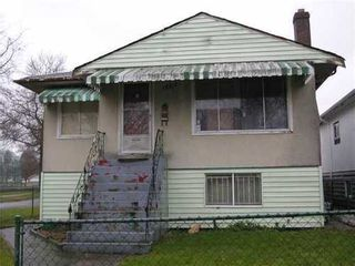 Photo 1: 1803 52ND Ave E in Vancouver East: Killarney VE Home for sale ()  : MLS®# V869468