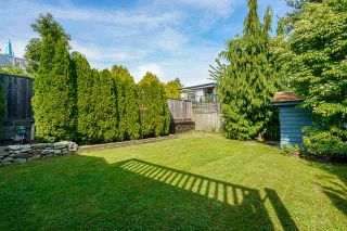 """Photo 30: 850 PARKER Street: White Rock House for sale in """"EAST BEACH"""" (South Surrey White Rock)  : MLS®# R2587340"""