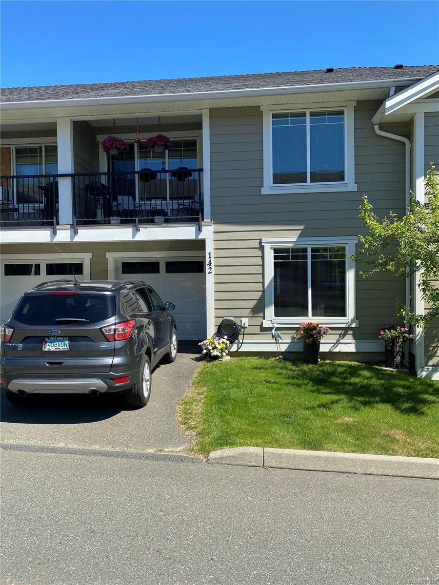 Main Photo: 142 701 Hilchey Rd in : CR Willow Point Row/Townhouse for sale (Campbell River)  : MLS®# 877049