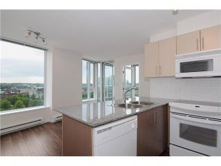 """Photo 4: 1209 550 TAYLOR Street in Vancouver: Downtown VW Condo for sale in """"THE TAYLOR"""" (Vancouver West)  : MLS®# V903570"""