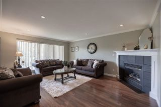 """Photo 3: 27153 33A Avenue in Langley: Aldergrove Langley House for sale in """"Parkside"""" : MLS®# R2591758"""