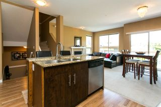 """Photo 2: 60 20350 68 Avenue in Langley: Willoughby Heights Townhouse for sale in """"Sundridge"""" : MLS®# R2312004"""