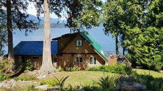 """Photo 19: 594 WALKABOUT Road: Keats Island House for sale in """"Melody Point"""" (Sunshine Coast)  : MLS®# R2387729"""