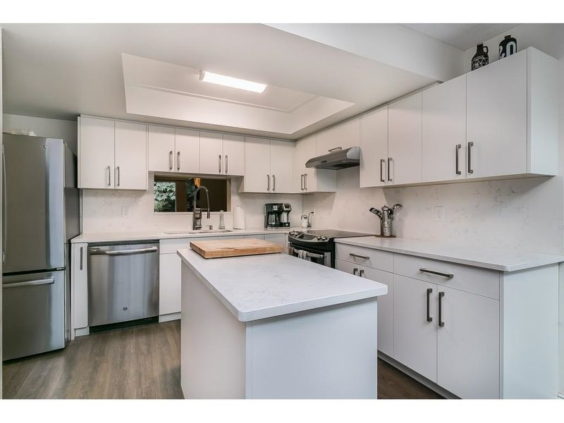 FEATURED LISTING: 8204 FOREST GROVE Drive Burnaby