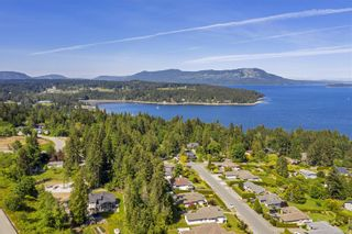 Photo 32: 2466 Liggett Rd in : ML Mill Bay House for sale (Malahat & Area)  : MLS®# 876216