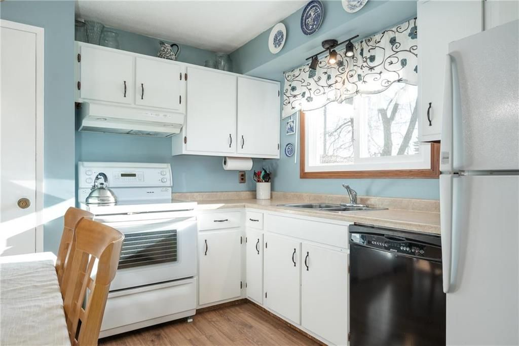 Photo 7: Photos: 34 Glenthorne Crescent in Winnipeg: Bright Oaks Residential for sale (2C)  : MLS®# 202027817