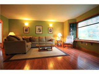 Photo 3: 17 Cedar Crescent in Morris: R17 Residential for sale : MLS®# 1701464
