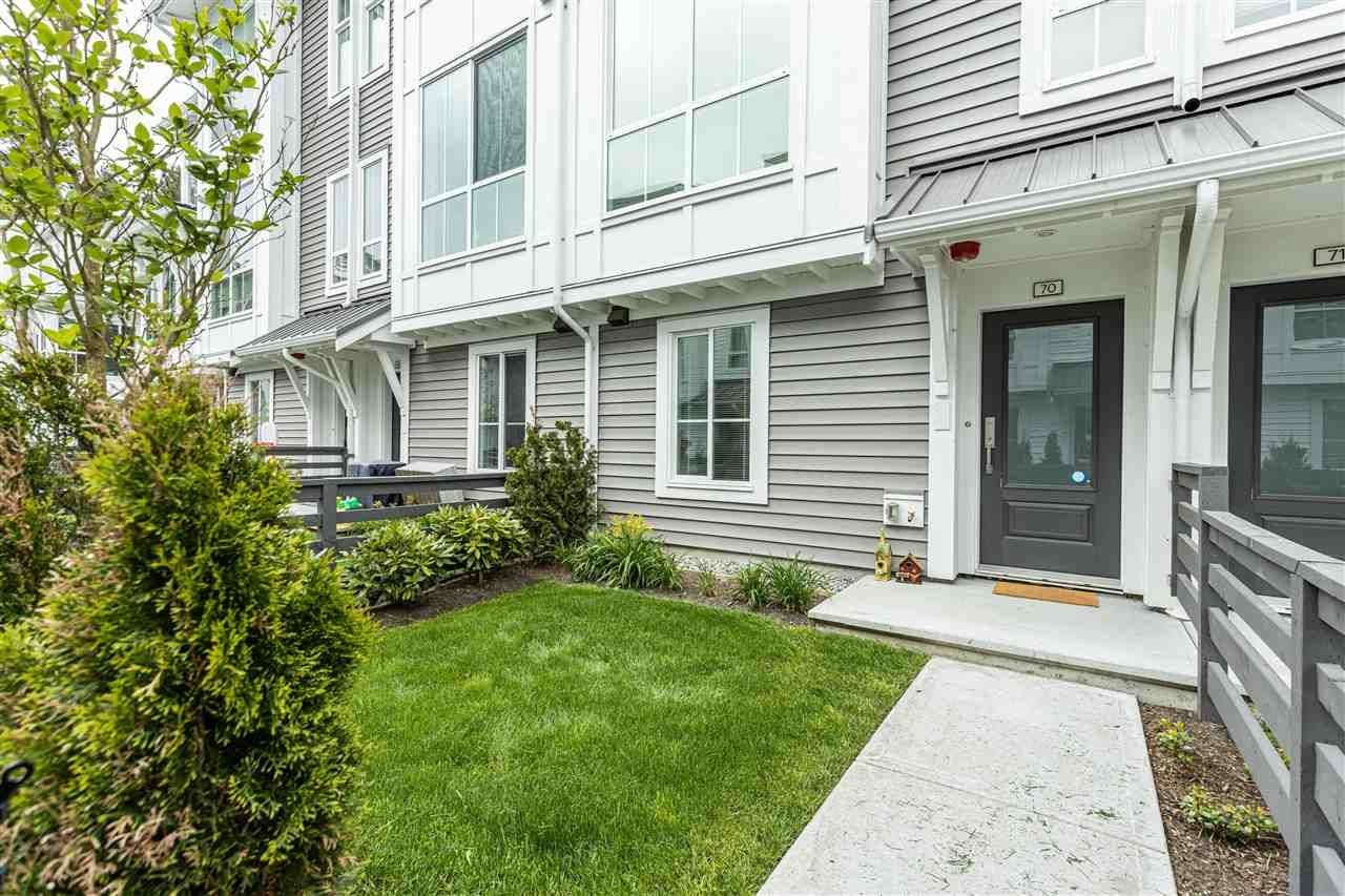 Main Photo: 70 4638 ORCA WAY in : Tsawwassen Central Townhouse for sale : MLS®# R2574293