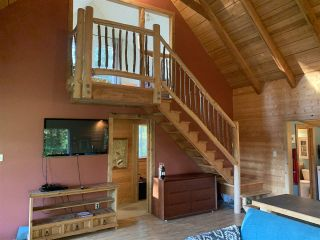 Photo 8: 815 THE GROVE Road: Gambier Island House for sale (Sunshine Coast)  : MLS®# R2510782