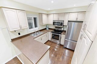 Photo 9: 3848 Periwinkle Crescent in Mississauga: Lisgar House (2-Storey) for sale : MLS®# W4819537