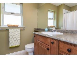 """Photo 15: 9734 206TH Street in Langley: Walnut Grove House for sale in """"Derby Hills"""" : MLS®# F1441883"""
