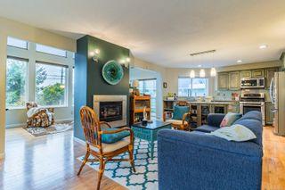 Photo 5: 3188 W Island Hwy in : PQ Qualicum Beach House for sale (Parksville/Qualicum)  : MLS®# 885107