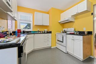 Photo 13: 2107 50 Avenue SW in Calgary: North Glenmore Park Semi Detached for sale : MLS®# A1151059