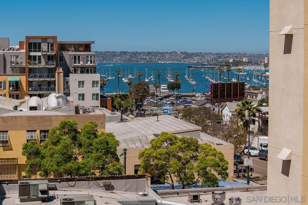 Main Photo: DOWNTOWN Condo for sale : 1 bedrooms : 1970 Columbia Street #400 in San Diego