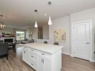 Photo 10: 4100 Chancellor Cres in COURTENAY: CV Courtenay City House for sale (Comox Valley)  : MLS®# 807975