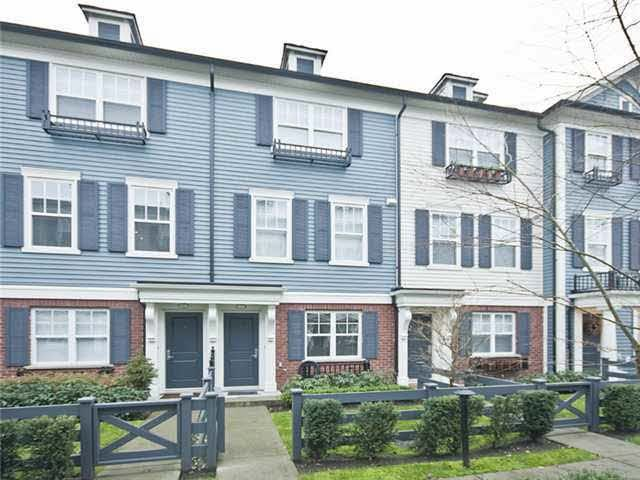 FEATURED LISTING: 7 2495 Davies Avenue